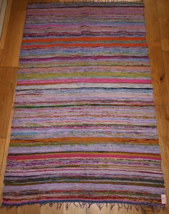 Lightweight rag rug/Chindi rug in Purples (approx 6'x 4')